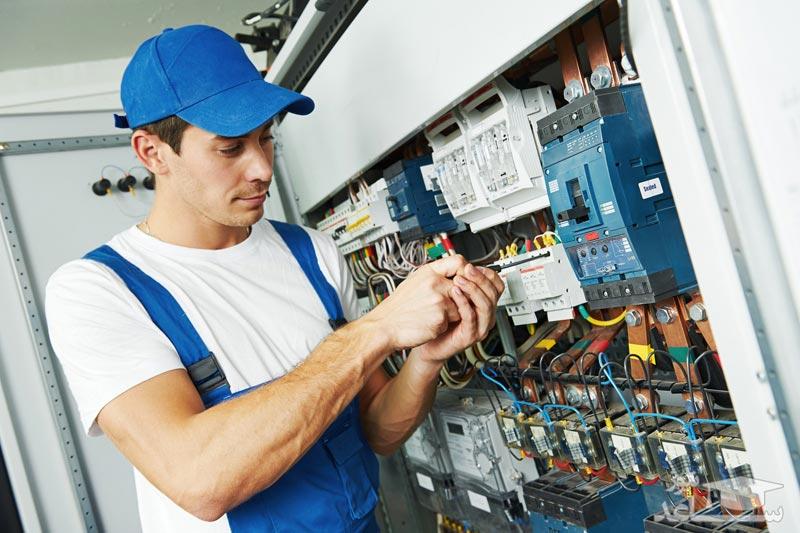 بررسی تحصیل رشته مهندسی برق