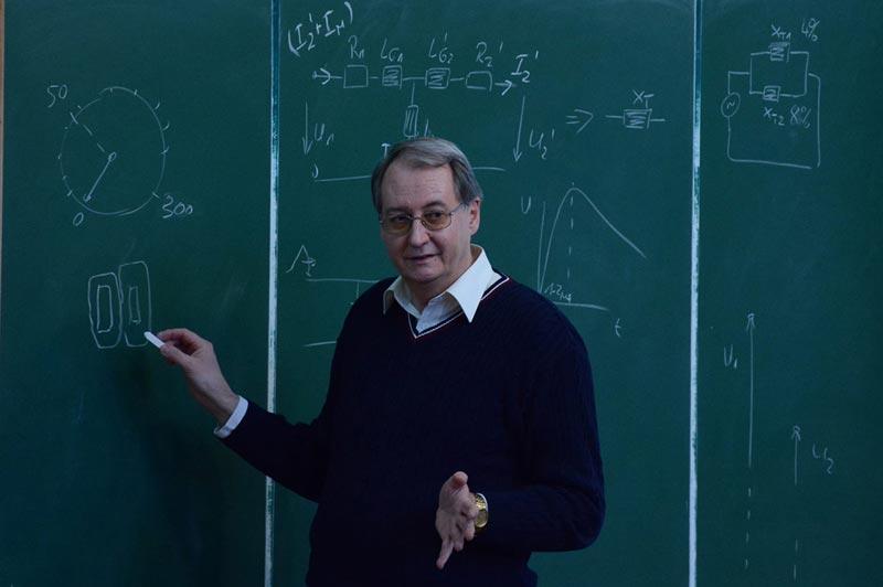 بررسی تحصیل رشته مهندسی برق در روسیه